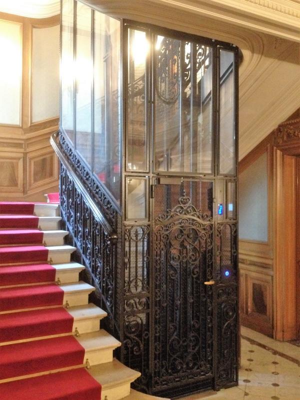 ascenseur privatif paris