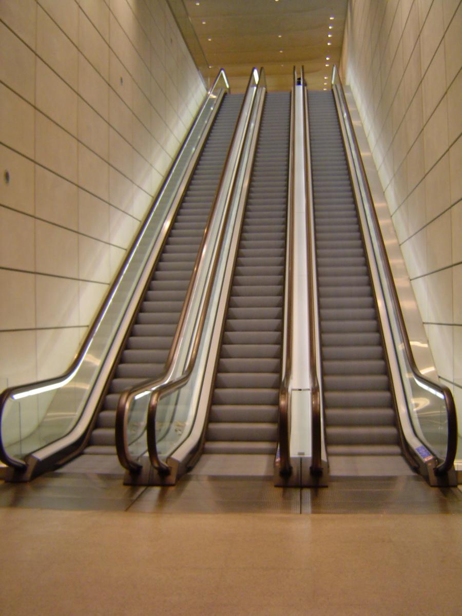 escalier roulant mecanique escalator otis
