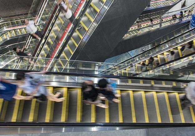 escalier roulant mort