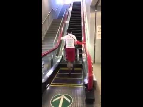 escalier roulant you tube