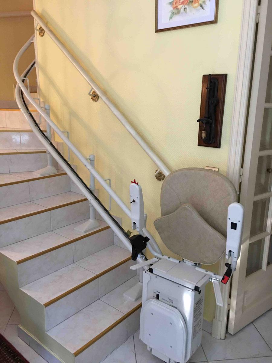 monte escalier 06