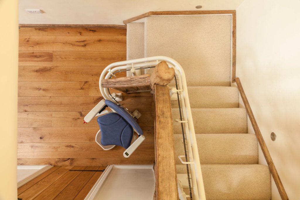 monte escalier 21