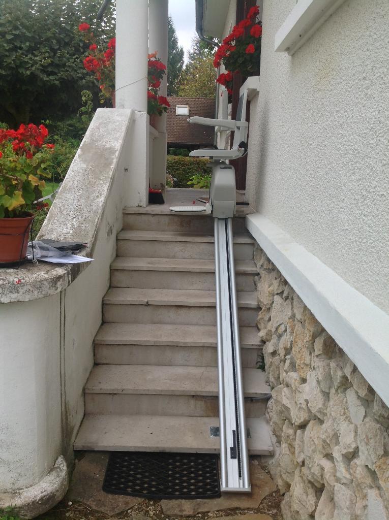 monte escalier 54