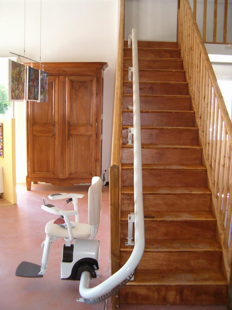 monte escalier 66