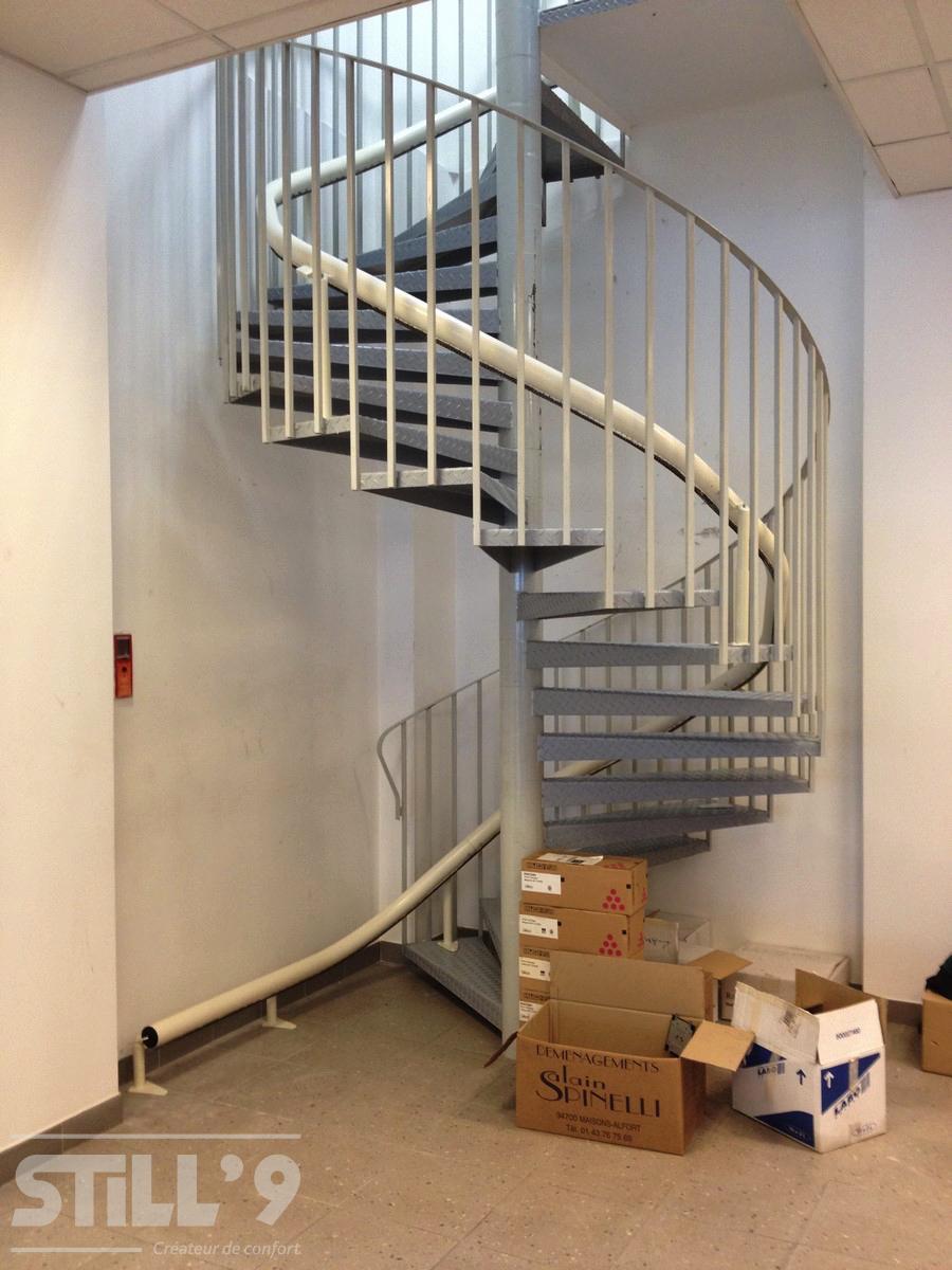 monte escalier 91