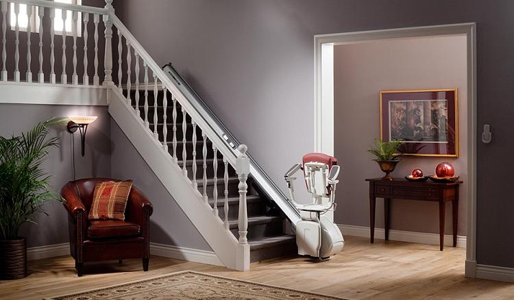 monte escalier a louer