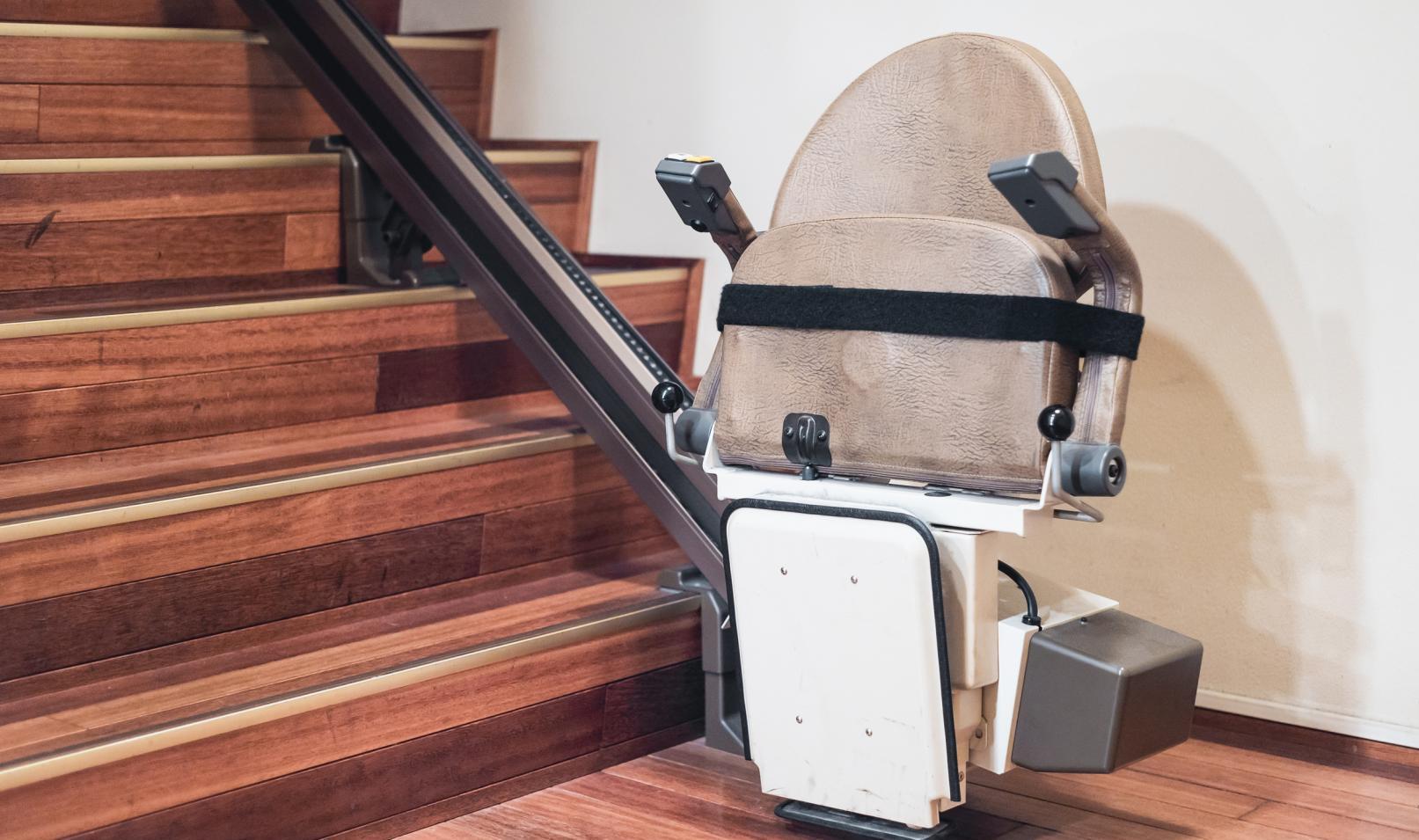 monte escalier bayonne