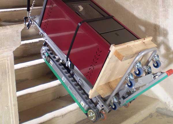 monte escalier chenille