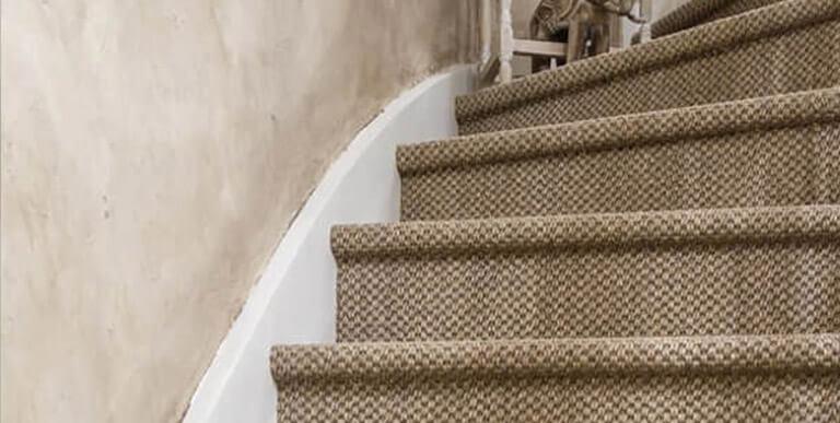 Tapis Escalier Saint Maclou : monte escalier cholet ~ Nature-et-papiers.com Idées de Décoration