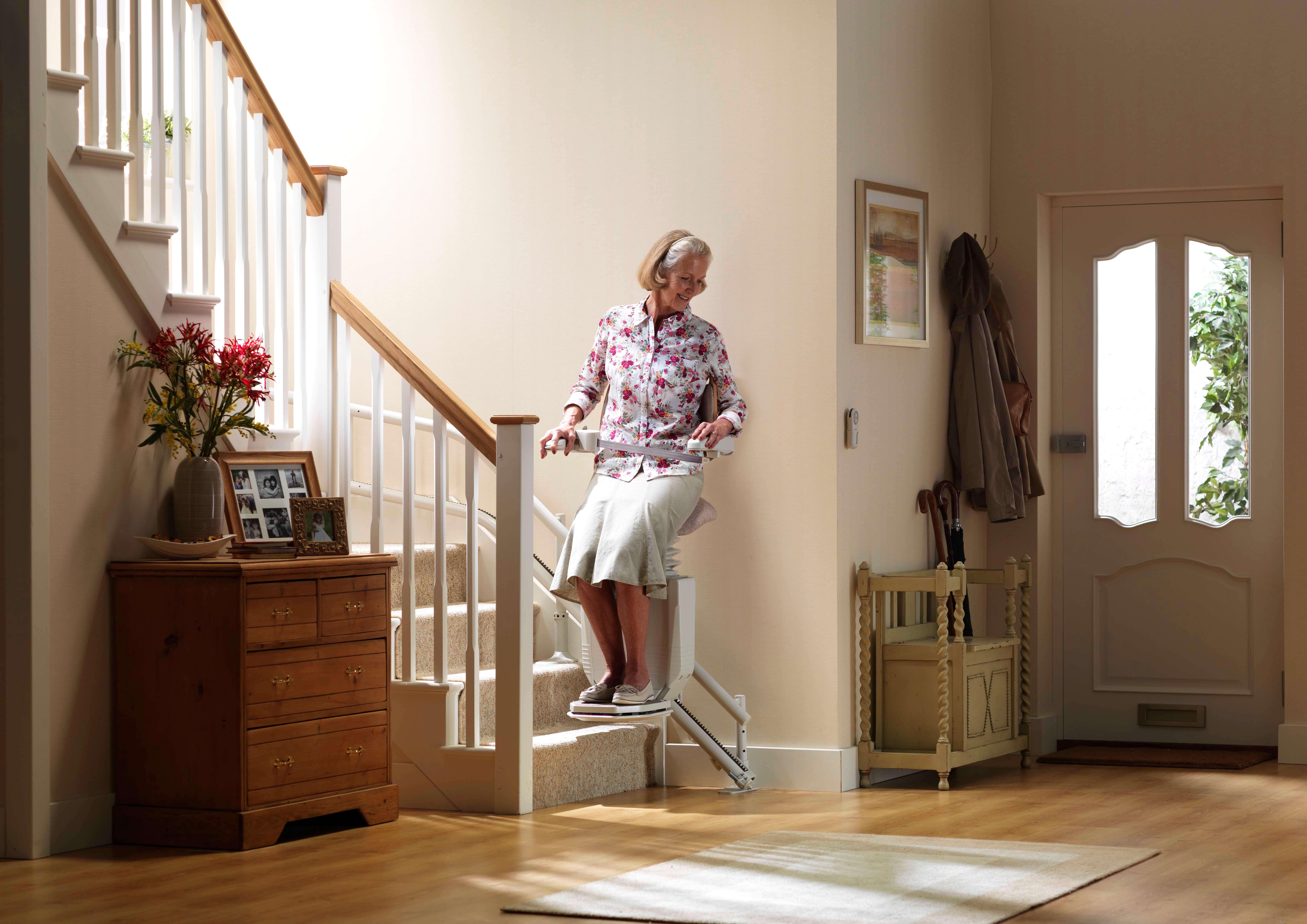 monte escalier electrique credit impot