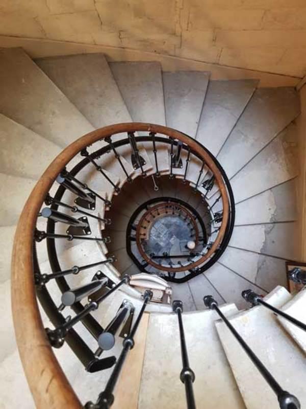 monte escalier electrique gard