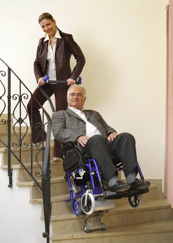 monte escalier fauteuil roulant manuel