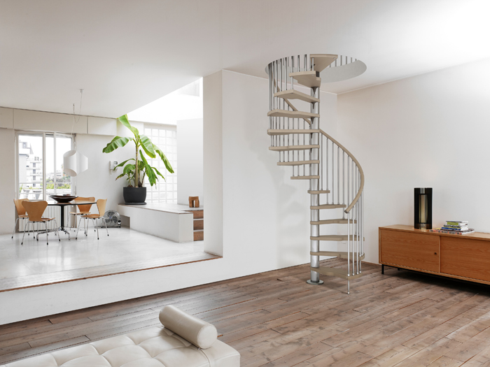 monte escalier genius