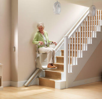 monte escalier interieur