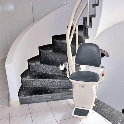 monte escalier isere