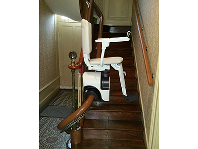 monte escalier maine et loire