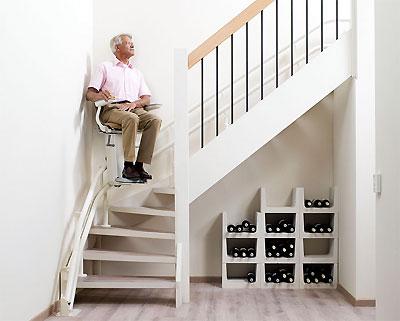 monte escalier photo