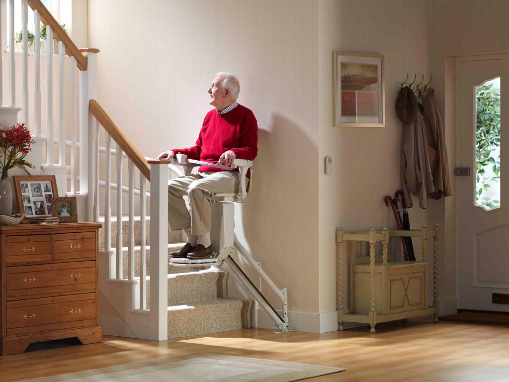 monte escalier pontivy