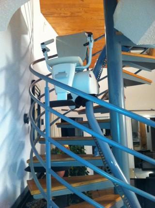 monte escalier pour escalier en colimacon