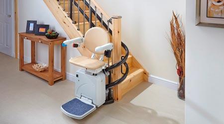 monte escalier tournant pour handicapes