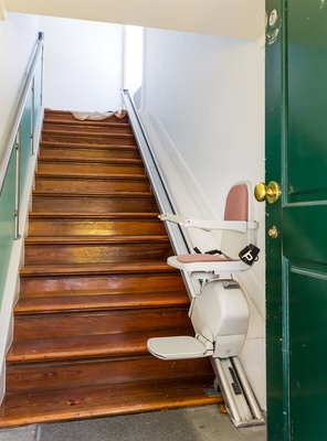 monte escalier yonne